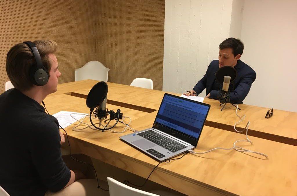 Meer dan 50 podcasts - Exposure